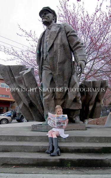 Lenin Statue 120