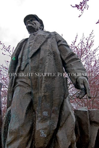 Lenin Statue 19