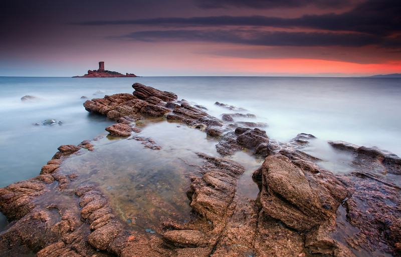<b>L'île d'Or @ Le Dramont #3 (French Riviera)</b> <i>Canon EOS 5D Mark II + Canon EF 17-40mm f/4L USM</i>