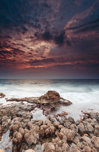 <b>Cap d'Antibes #38 (French Riviera)</b> <i>Canon EOS 5D Mark II + Canon EF 17-40mm f/4L USM</i>