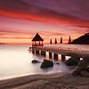 <b>Sunrise @ Théoule sur Mer #2 (French Riviera)</b> <i>Canon EOS 5D Mark II + Canon EF 17-40mm f/4L USM</i>