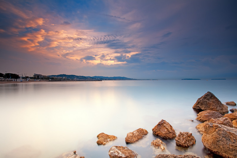 <b>Milky Water (French Riviera)</b> <i>Canon EOS 5D Mark II + Canon EF 17-40mm f/4L USM</i>
