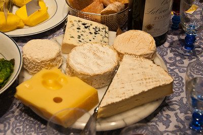 Such a lovely plate of cheeses