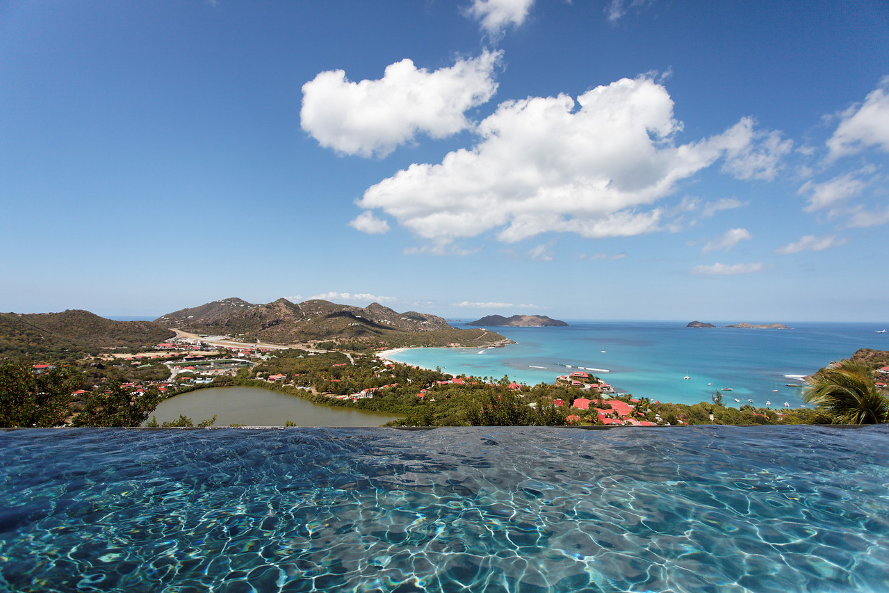 Saint Barth - Villa Robinson, aka RGR, pool Located in St Jean hillside, offering an endless sea view. Large terrace which faces the splendid ocean view. Overlooking the ocean, and the surrounding islands.