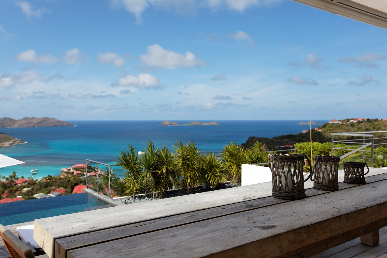 Saint Barth - Villa Robinson, aka RGR Located in St Jean hillside, offering an endless sea view. Large terrace which faces the splendid ocean view. Overlooking the ocean, and the surrounding islands.