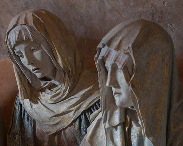 Chaource, Eglise Saint-Jean-Baptiste - The Entombment - Mary Salome and Mary Magdalen