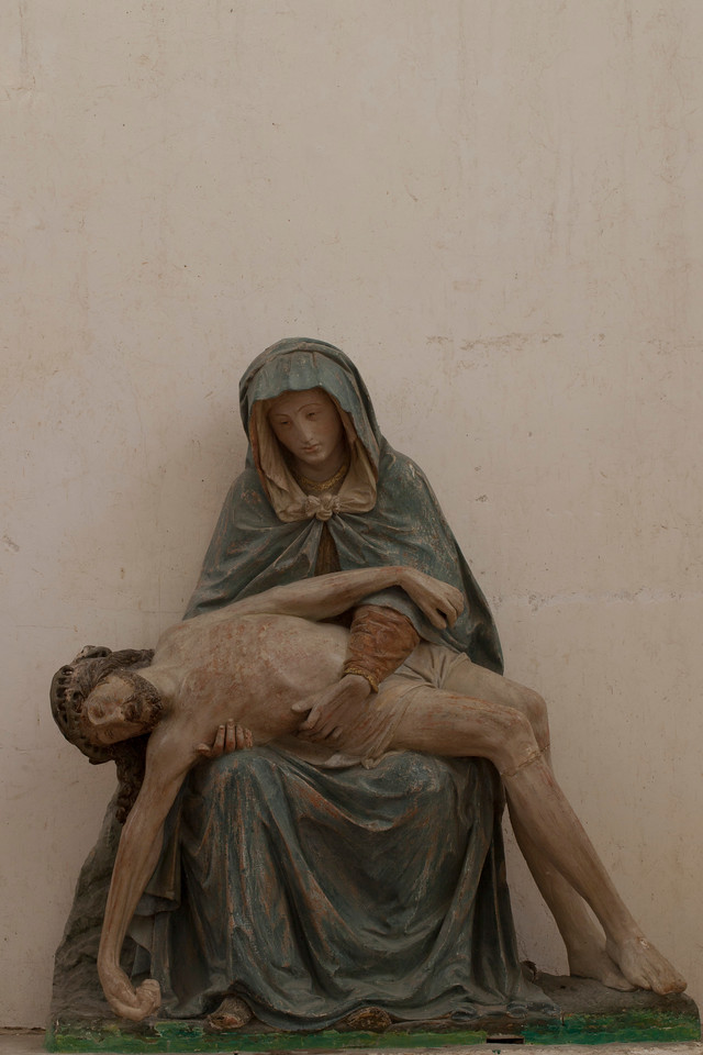 Chaource, Eglise Saint-Jean-Baptiste - Pieta.