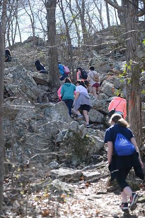 Freshmen Girls Hike