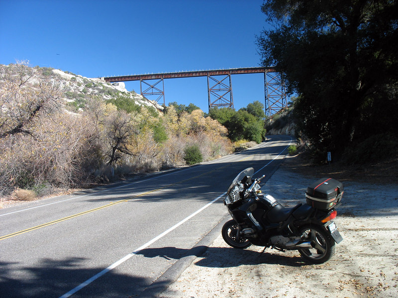A pleasent place to stop and contemplate older simpler times along Old Highway 80