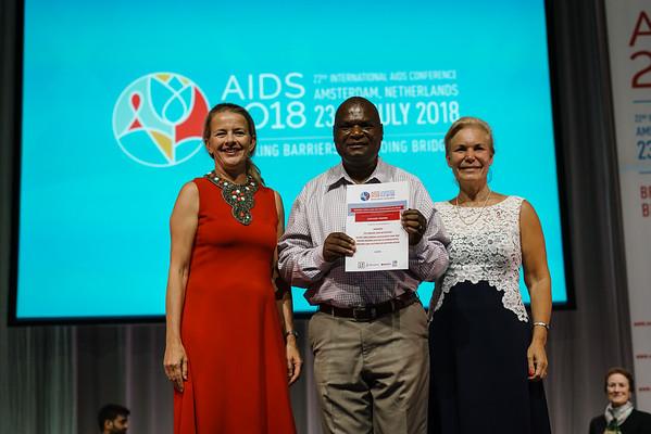 22nd International AIDS Conference (AIDS 2018) Amsterdam, Netherlands.   Copyright: Matthijs Immink/IAS  Building bridges for the next generation   On the photo: Mabel van Oranje Zachary Kwena Gunilla Carlsson