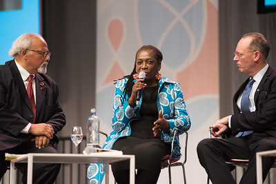 22nd International AIDS Conference (AIDS 2018) Amsterdam, Netherlands   Copyright: Marcus Rose/IAS  Photo shows: Seizing the moment for TB: Current challenges in TB care and in TB and HIV integration. Panel discussion: L-R: Eric Goosby, United Nations Special Envoy on Tuberculosis, United States Carol Nawina Kachenga, Community Initiative for TB, HIV/AIDS & Malaria, Zambia Paul Farmer, Partners In Health, United States
