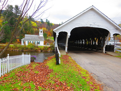 Hey, NH really does have covered bridges - and this one can be driven across. Built in 1862 in Stark Village over the Upper Ammonoosuc River.