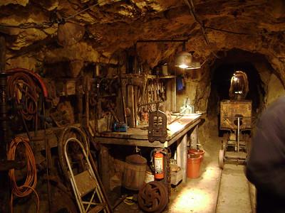 Tool room.  [JC]