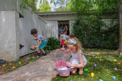 Auntie Wah's & Uncle Ed's Annual Easter Egg Hunt 2017-9