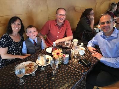Saturday morning breakfast: joining Joel, Debbie & Cody Grasmeyer from Utah.