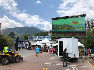OK, about 1:00 Sunday afternoon in Manitou Springs - the start and finish line. .. Video screen above shows topping out half-way at the summit - 14,115.