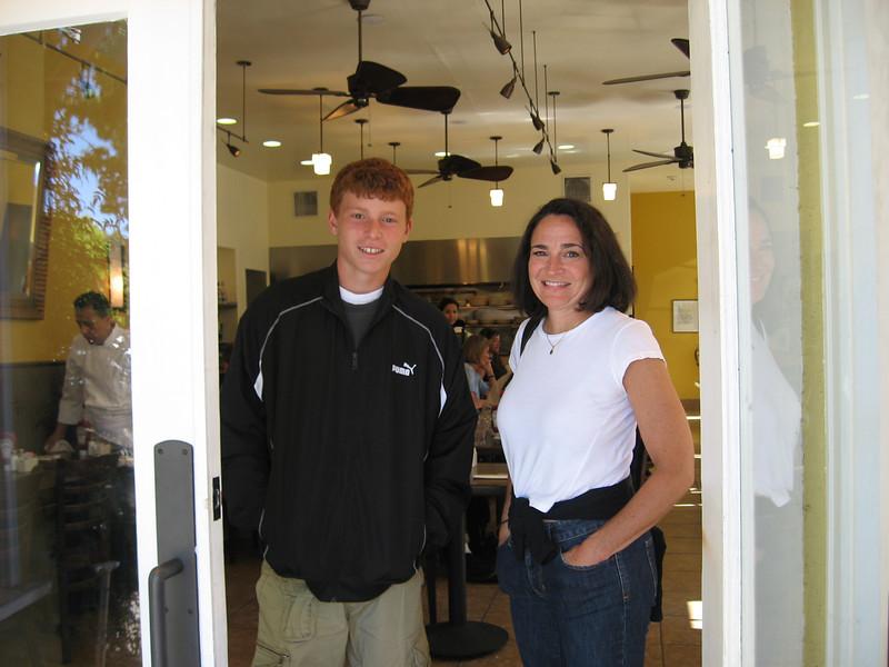 Jonathan & Debbie at Barefoot Cafe, Fairfax