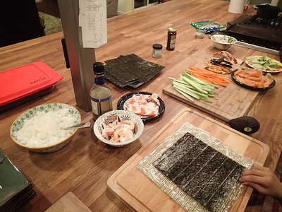 Friday evening: time for home-made sushi - YES!