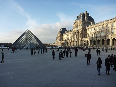 I knew we wouldn't be going inside the Louvre but it is enormous