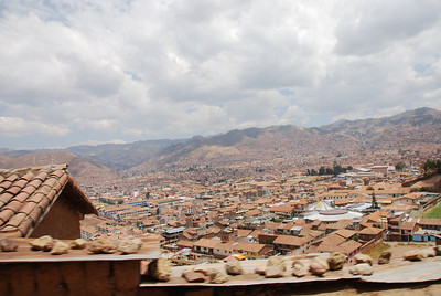Día 3 (Cusco): We had another day in Cusco before our trek. When planning the trip, we hadn't planned what we'd be doing before or after our trek. But plenty of tours are offered in and around the city, but we decided to go to the Pisac ruins since it didn't look too far on the map.