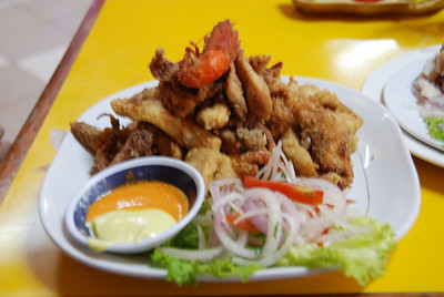 Chicharrones Mixtos (seafood)
