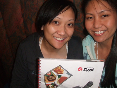 Zippyyyyyyyy's w/ Leigh my first night in HI