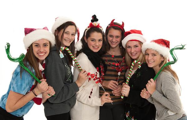 Friends Christmas-122112-003