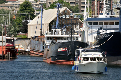 Taking the tour boat from the downtown waterfront, through the locks and to Lake Union.