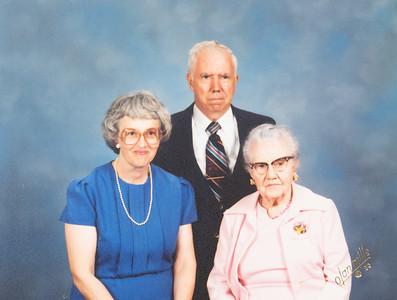 Annette, Rod & Nana