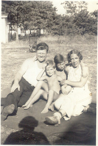 1939: George Patrick Frost, Gerard Frost, George Francis Frost, Bessie Hampton Frost; Mastic, NY.