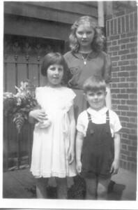 1939: Theresa Yarzab, Teresa Brennan, Gerard Frost.  459 Lafayette, Brooklyn.