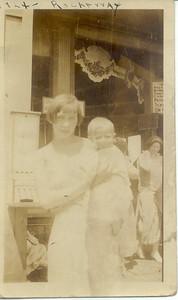 1924: Bessie Hampton and Ben Keeney.