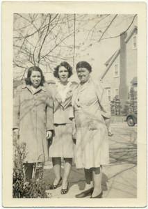 The cousins who were like sisters: Marie (Loebel) Yarzab, Bessie (Hampton) Frost, Frieda (Loebel) Keeney.