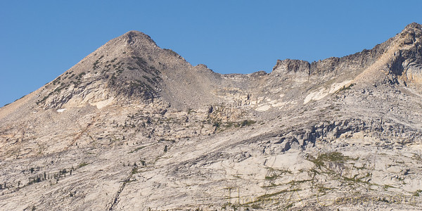 Pyramid Peak (9983') on the left and 9686' on the right.