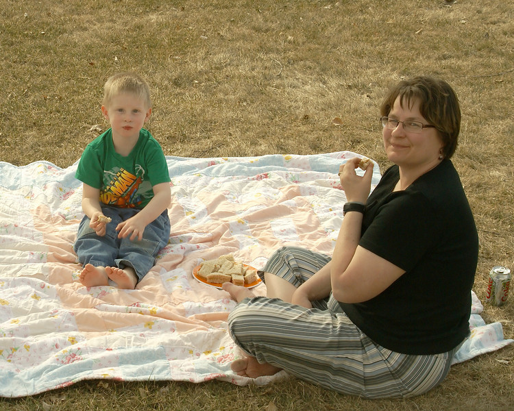 With the nice spring weather we are having lately, John and Wendy enjoy a picnic lunch on the front lawn.