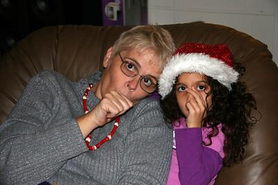 2005-12-24_19-42-37_foss