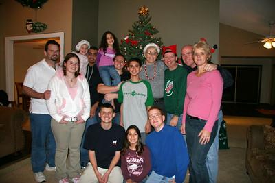 2005-12-24_19-26-50_foss