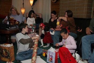2006-12-22_20-31-12_foss