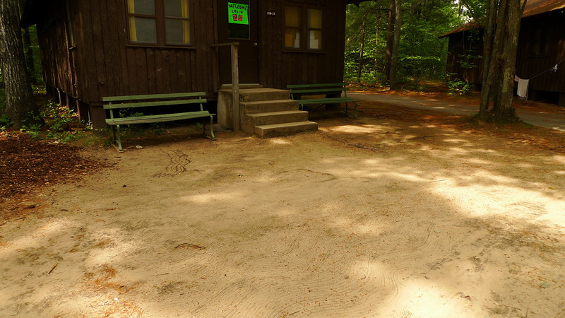 They still rake the dirt!