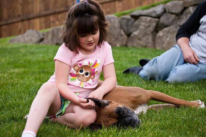 Neighborhood Pics May 2009-28
