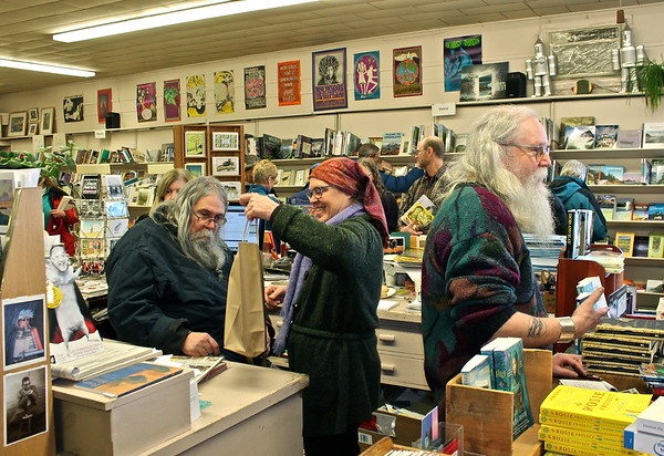 15.02.28 36th Anniversary of Gulf of Maine Bookstore in Brunswick