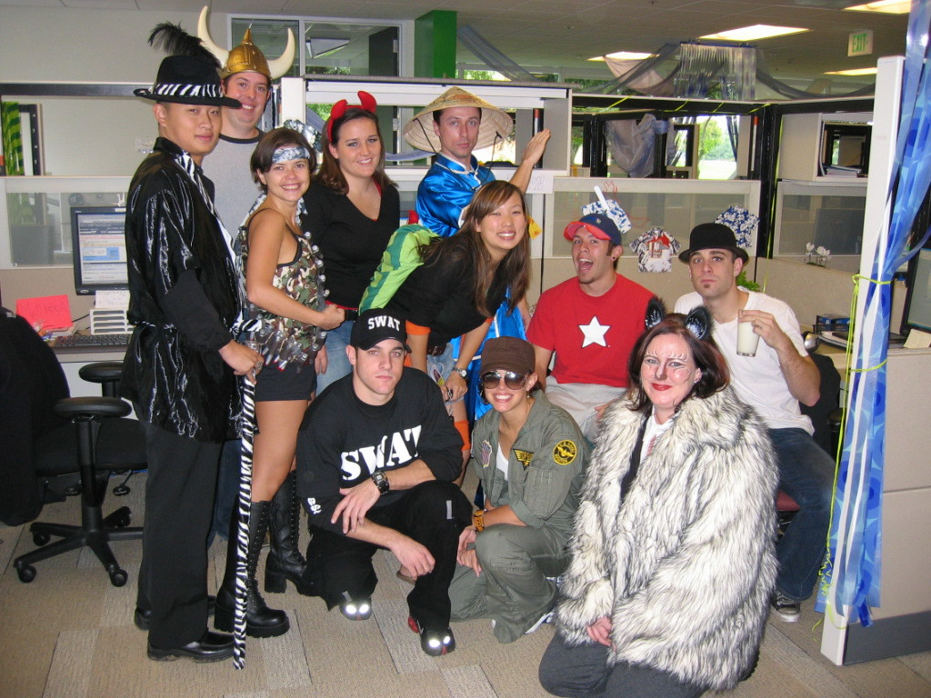 2004 10 29 Friday - David, Kyle, Jonika, Stacy, John, Melissa, Jason, Laura, & Cody @ Google