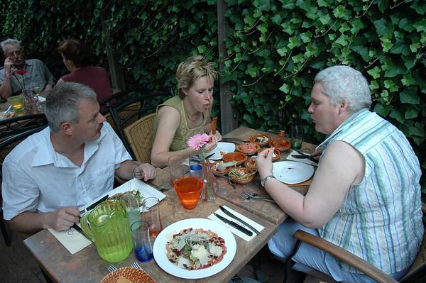 2006-07-01 Met Toine en Henriette in 's Hertogenbosch uit eten