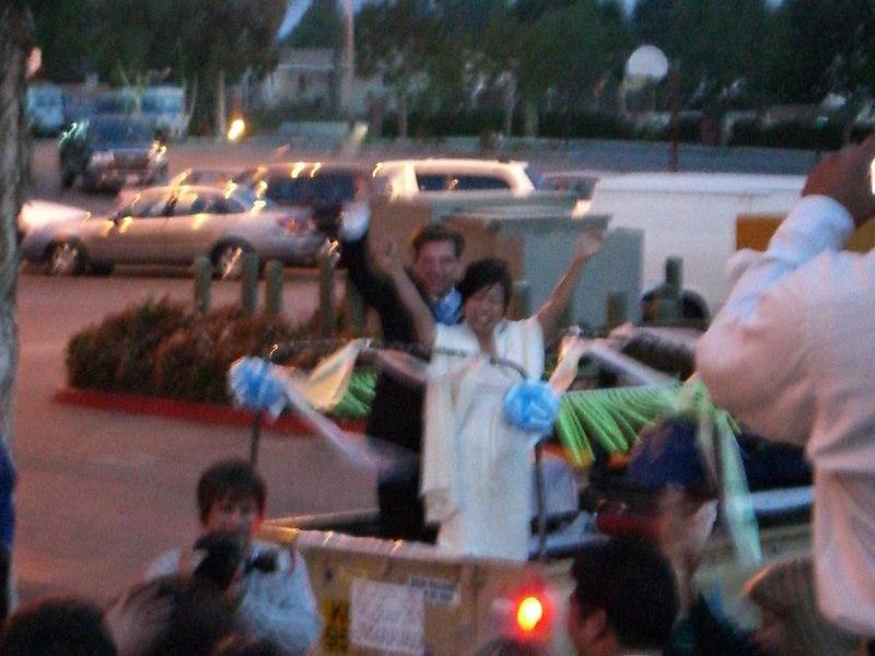2006 05 06 Sat - Bride & Groom running off 2