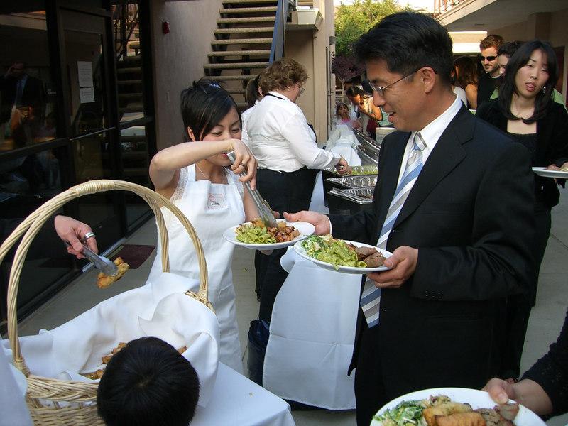 2006 05 06 Sat - Isabel Hunter serves the guests