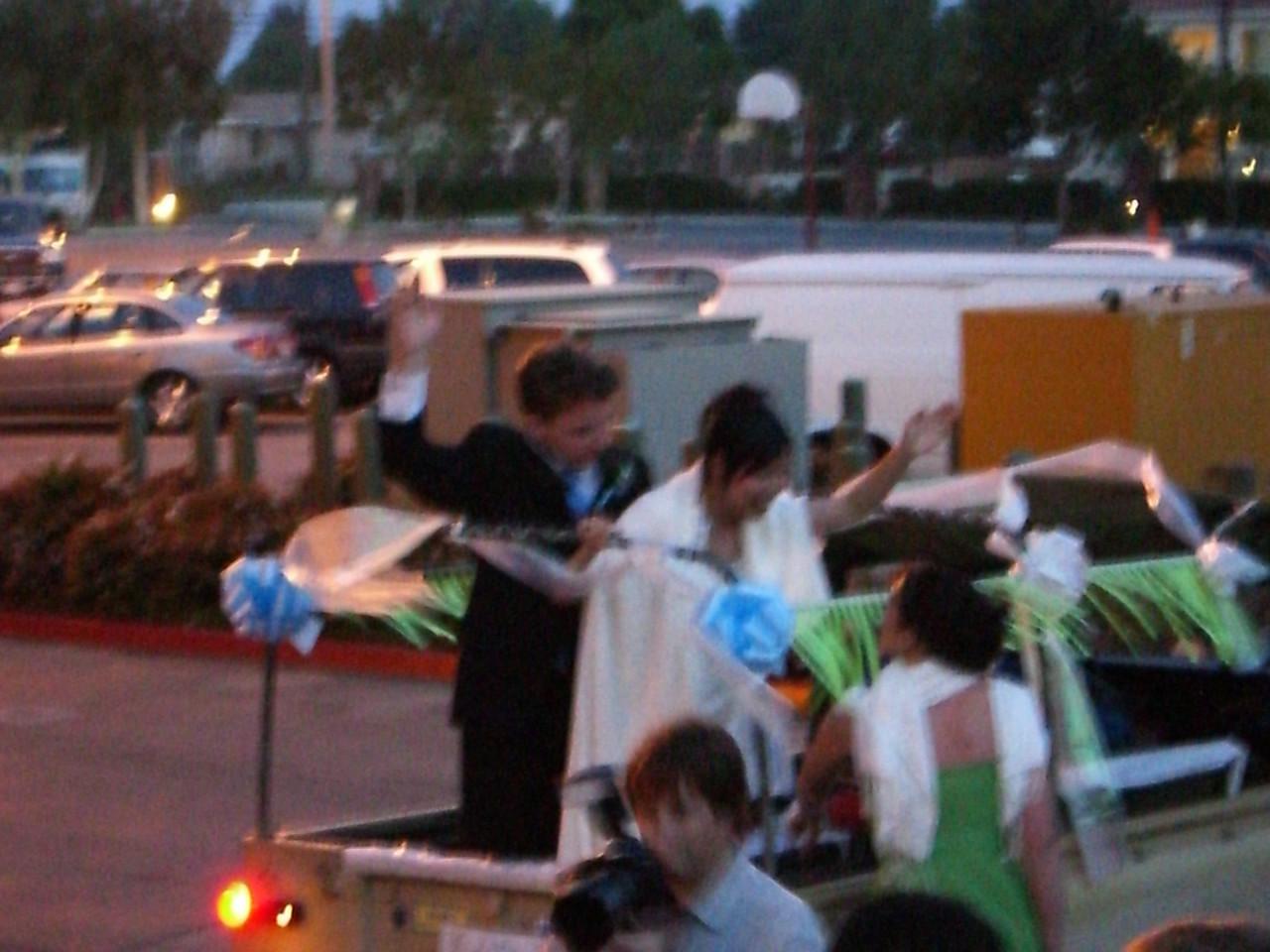 2006 05 06 Sat - Bride & Groom running off 3