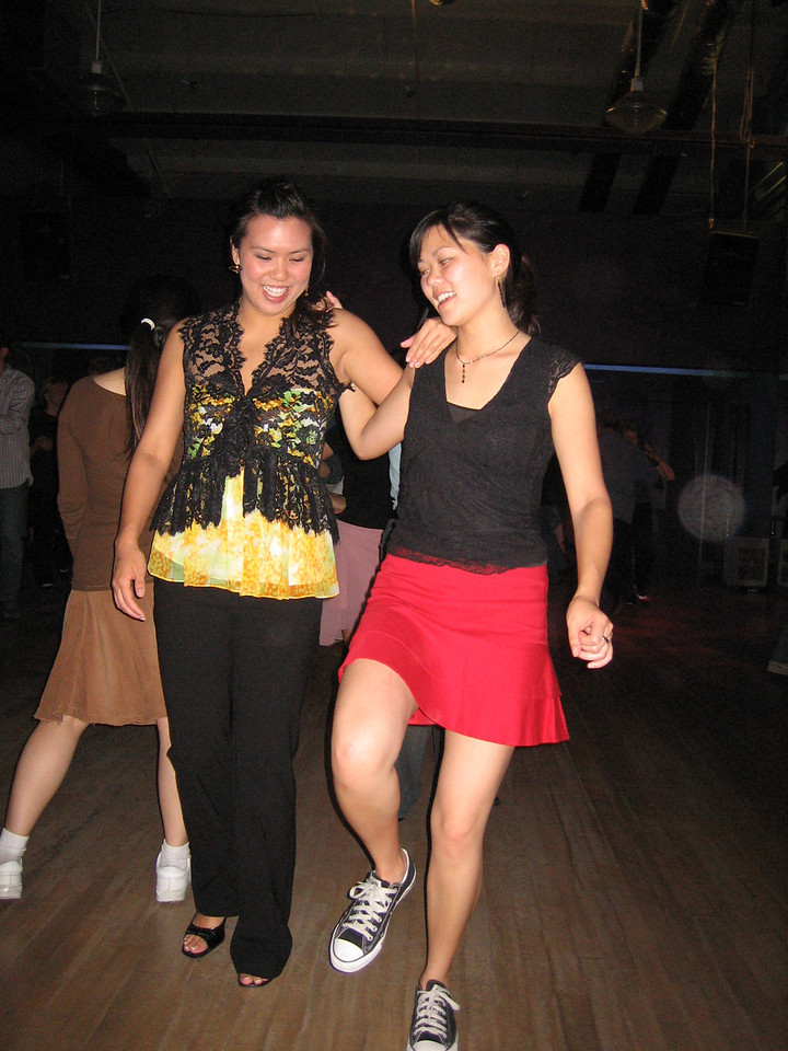 2006 05 12 Fri - Jennifer & Tiffany Louie