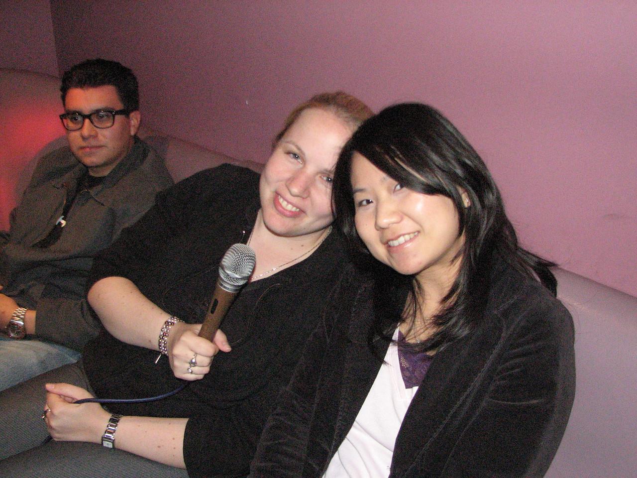 2008 03 15 Sat - Orchid - Kelly Castillo & Aileen Hong karaokeing