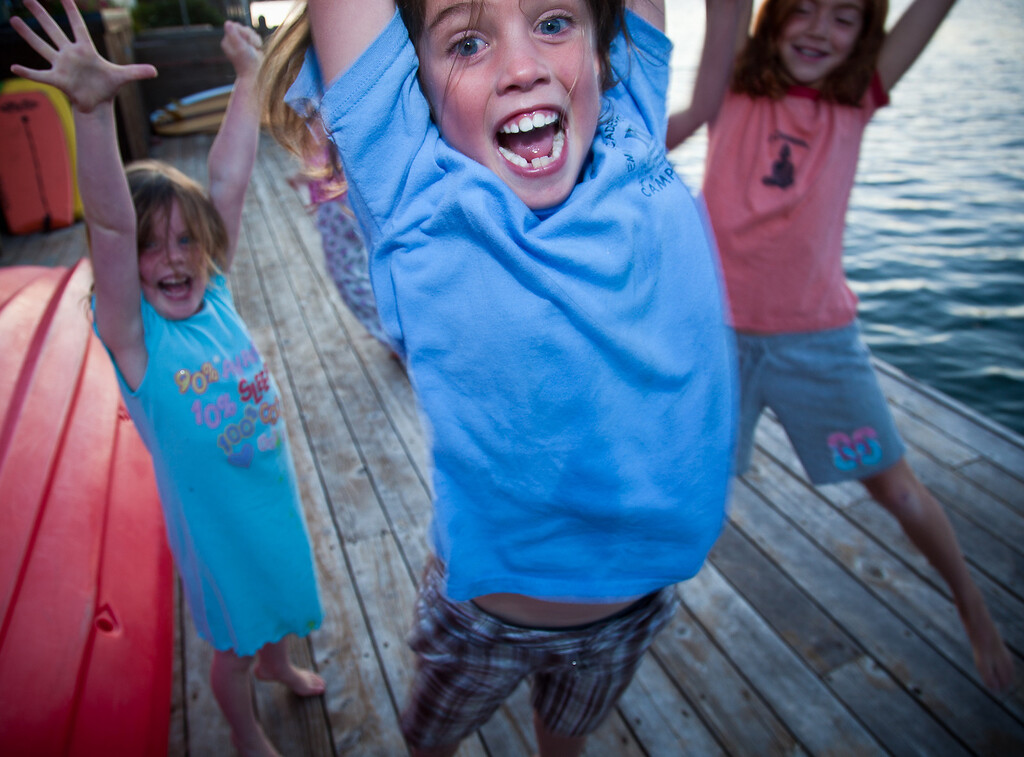 <b>Zoe O'Dea, Ali O'Dea, Devin Acosta </b>&nbsp &nbsp &nbsp Stinson Beach, California. August 18, 2010.