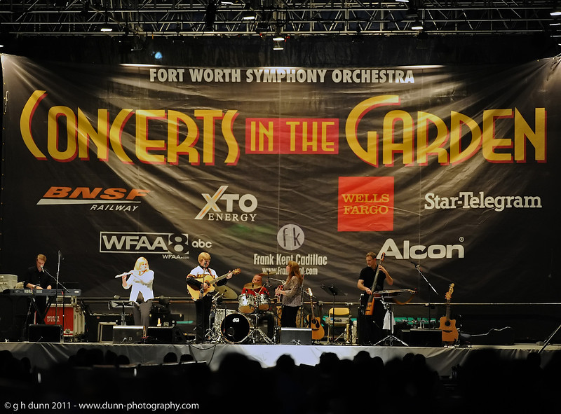 Concerts in the Garden, Fort Worth, TX   (06-12-2011)